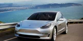 Masini Tesla accelerare