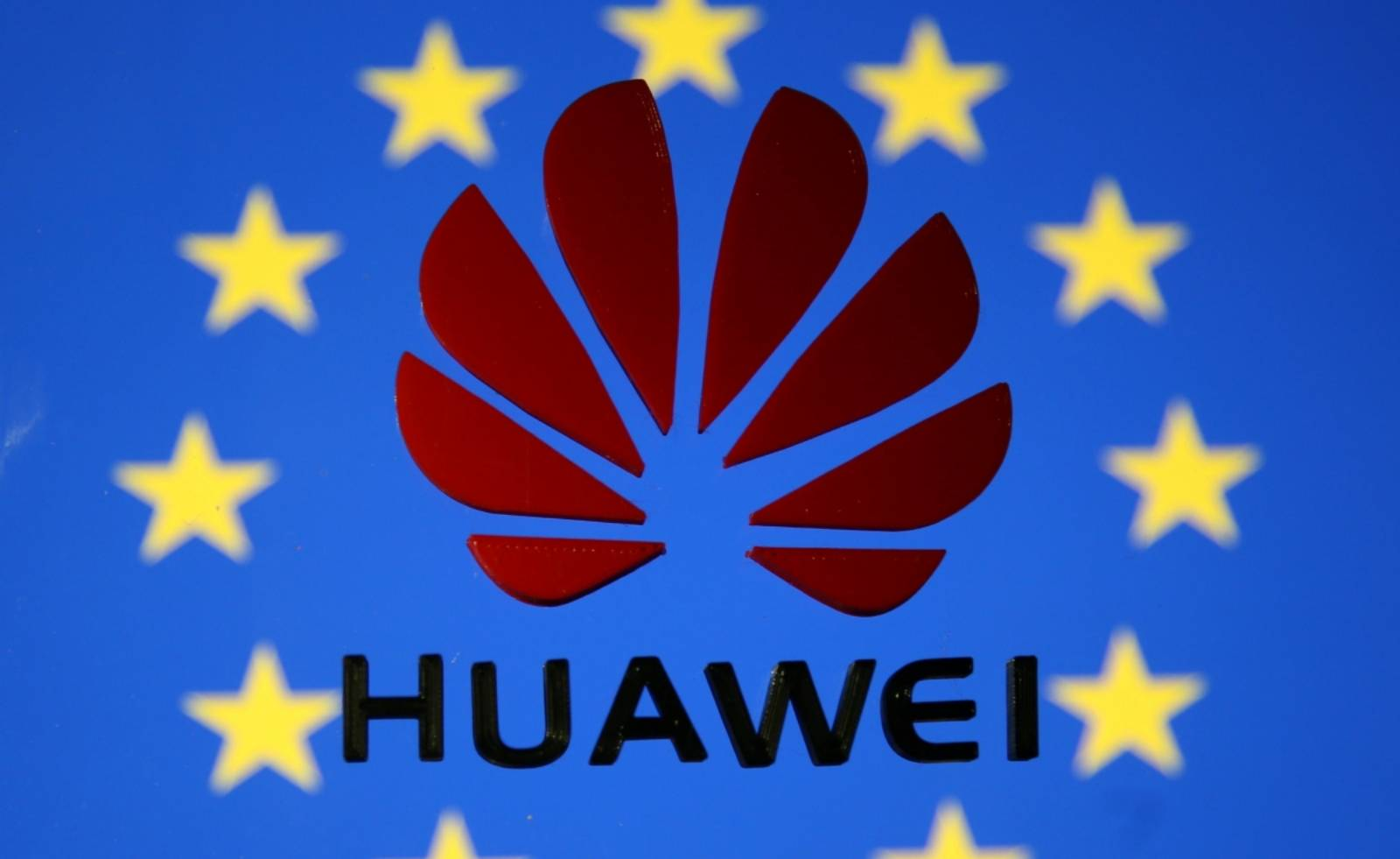 clienti Huawei platesc