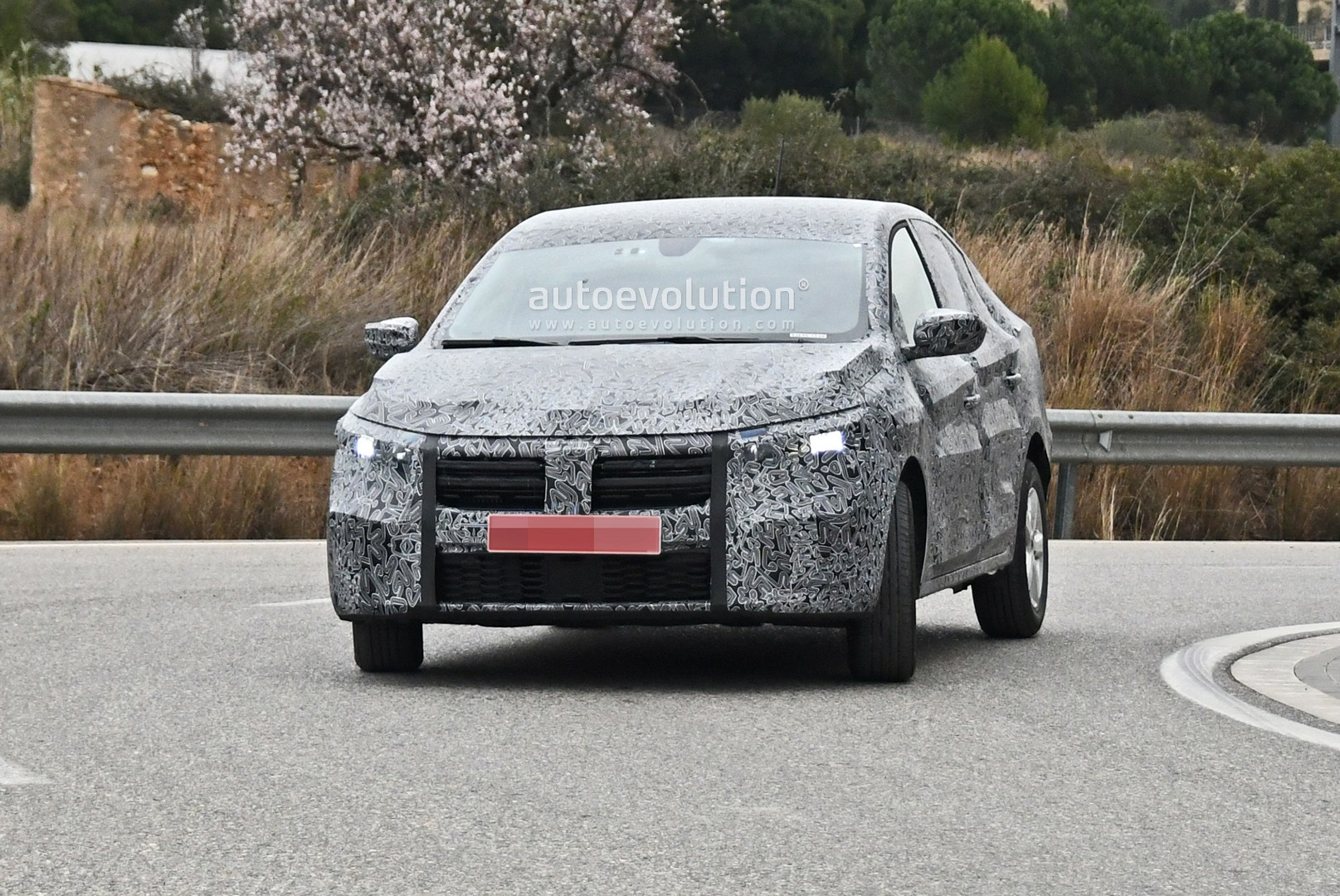 Dacia Logan model 2020 faruri led