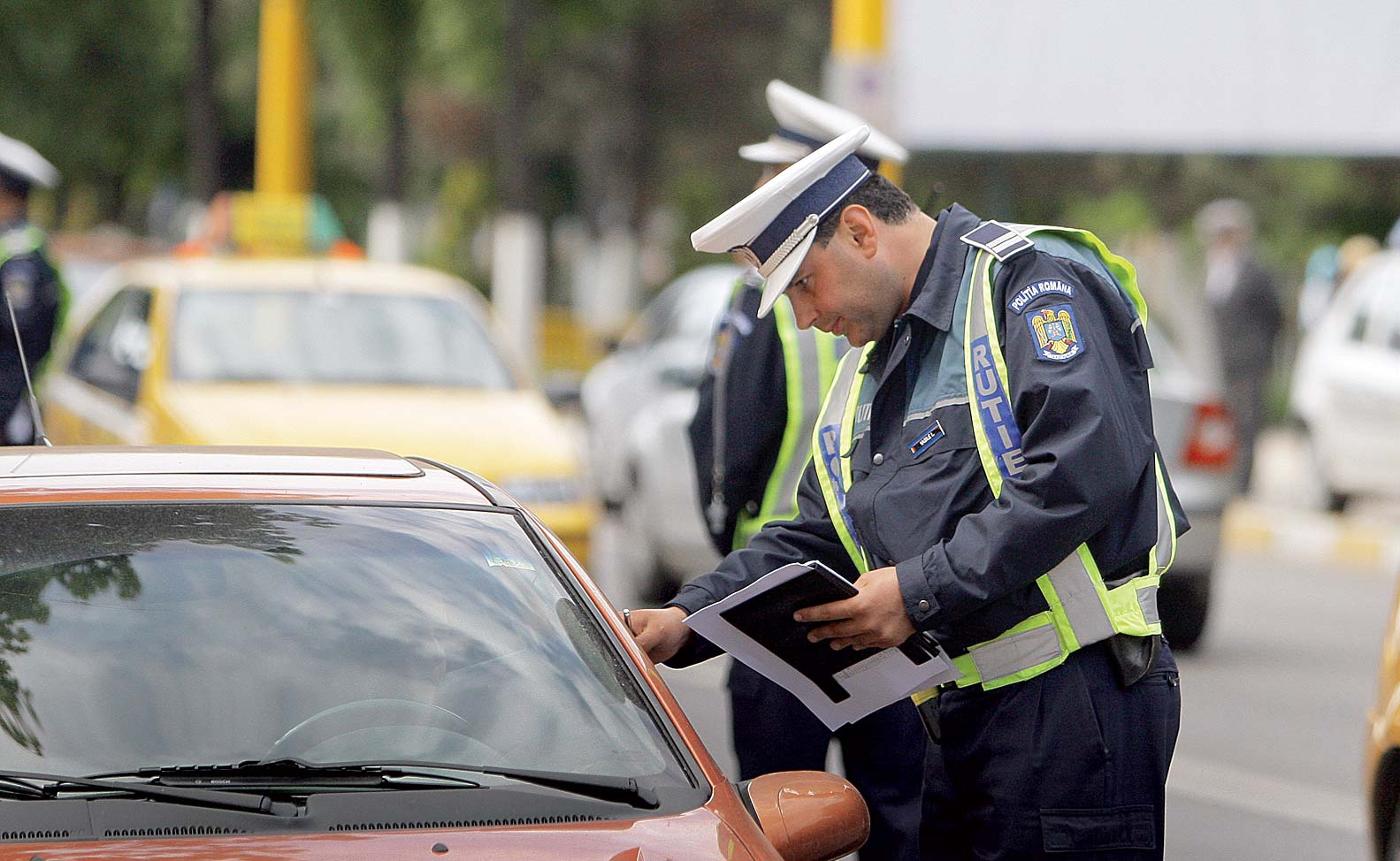 Politia Romana amenzi UBER Bolt Clever Yango