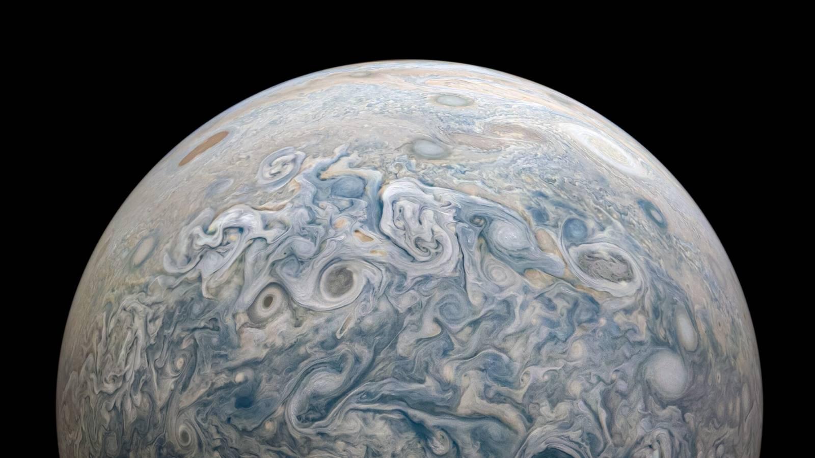 Planeta Jupiter supravegheata