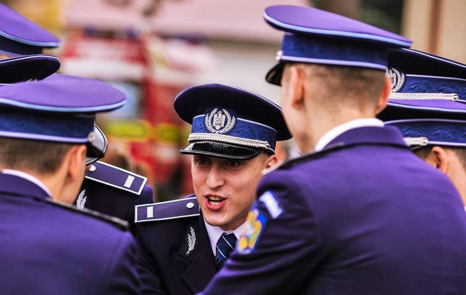 Politia Romana baut apa