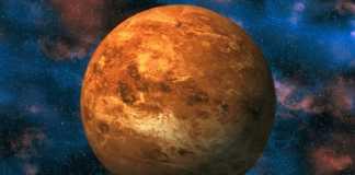 Planeta Venus semiluna