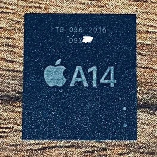 imagini chip a14 iphone 12 componenta