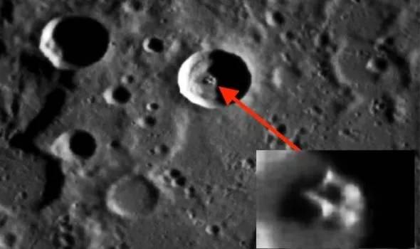 Planeta Mercur extraterestri suprafata