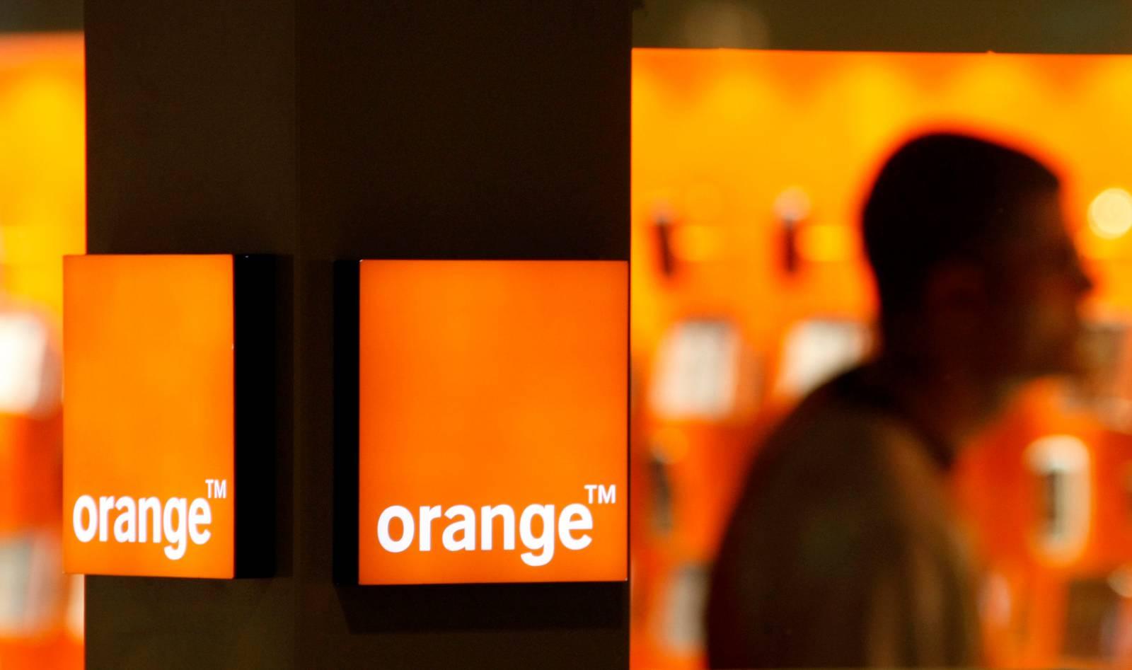 orange tur
