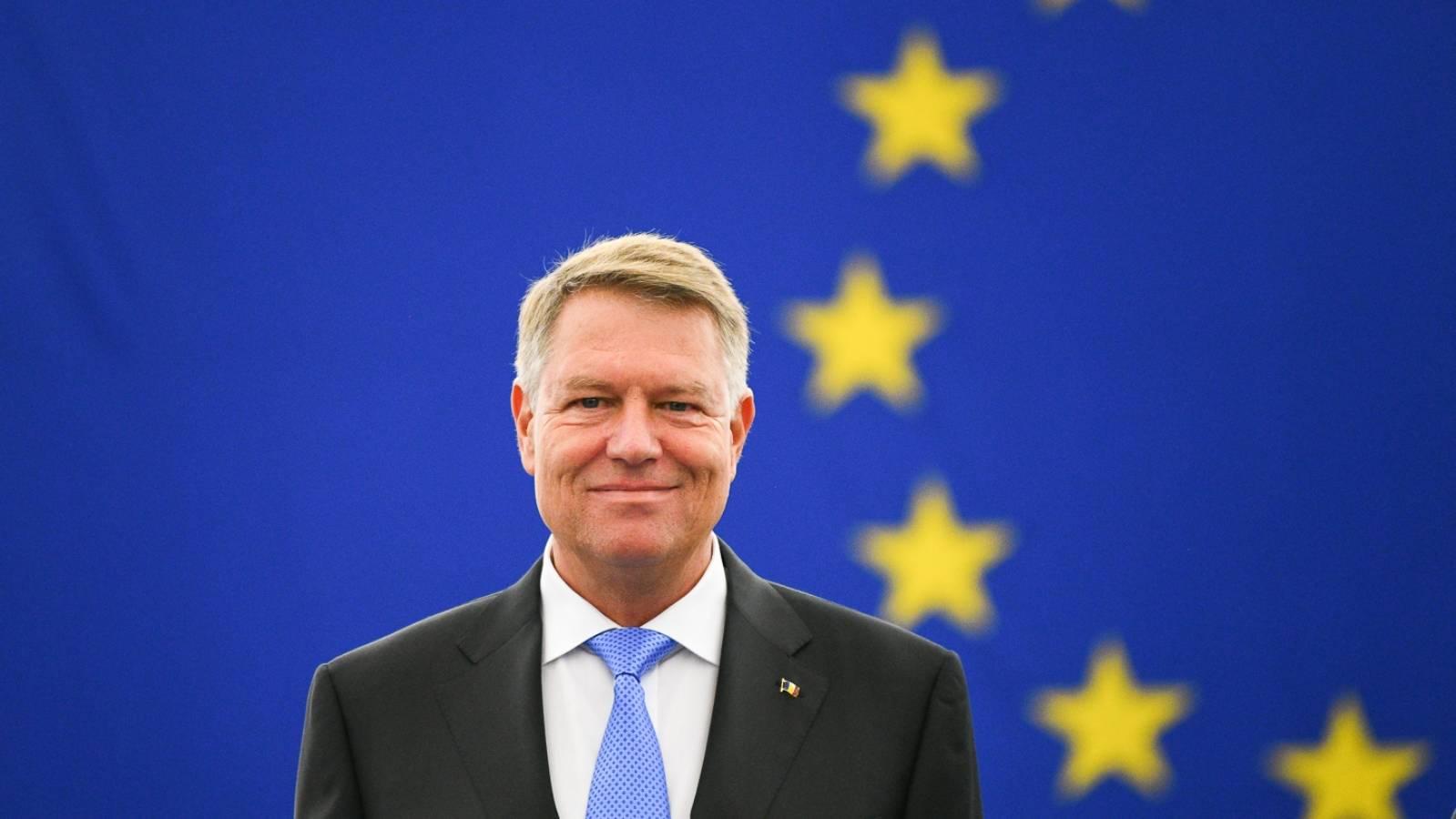 Klaus Iohannis AVERTISMENT Craciun Anul Nou Romani