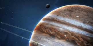 Planeta Jupiter fierbinte