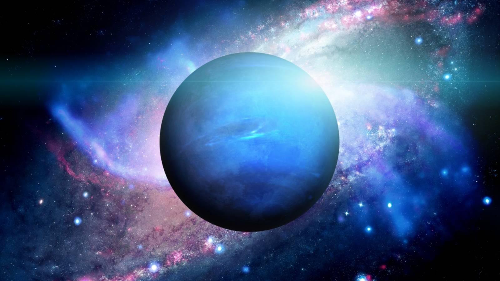 Planeta Neptun ciocnire