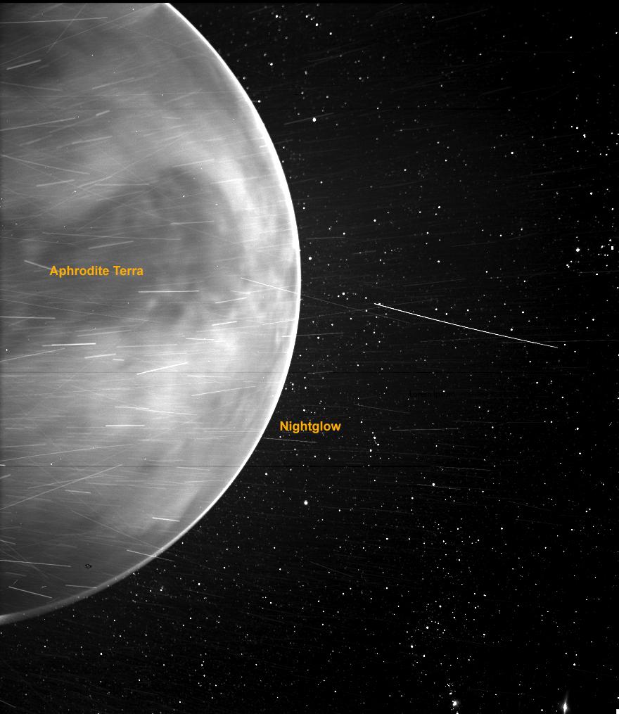 Planeta Venus intunecata sonda