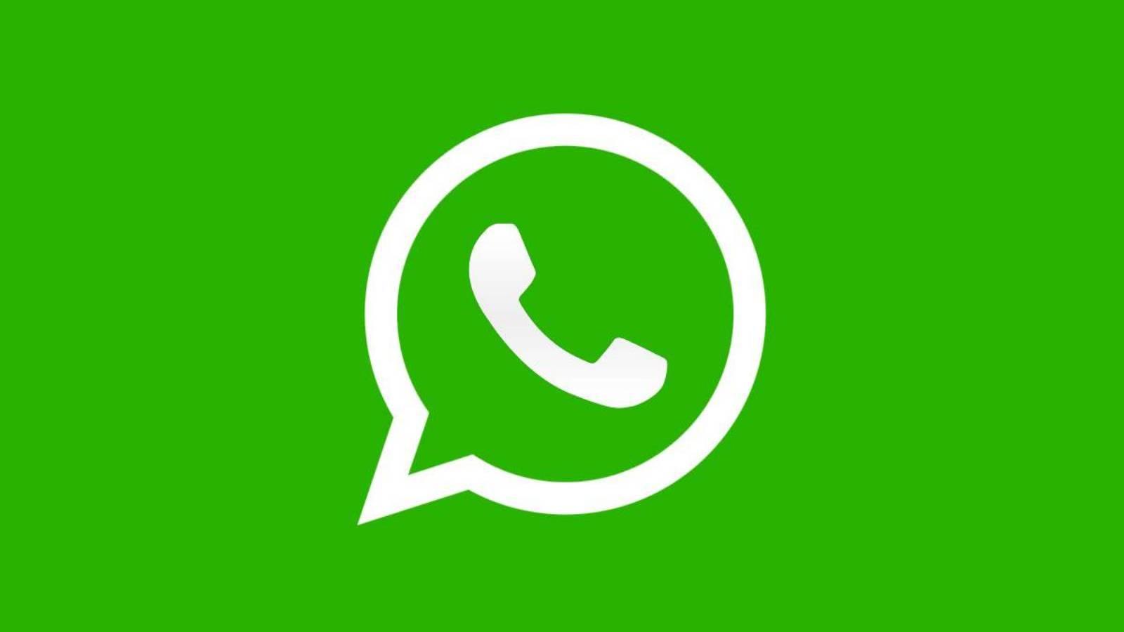 WhatsApp mentionare