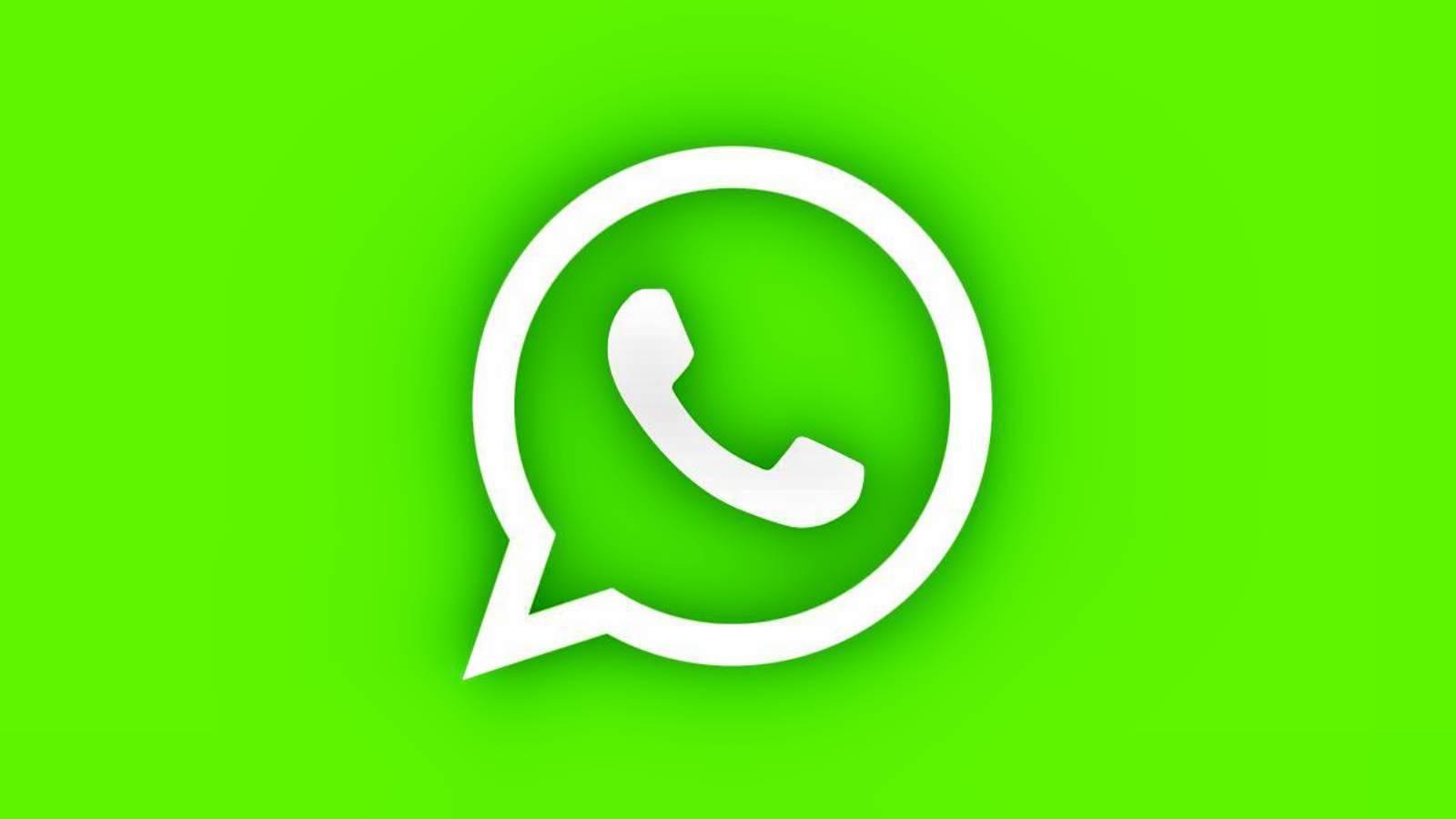 WhatsApp identitate