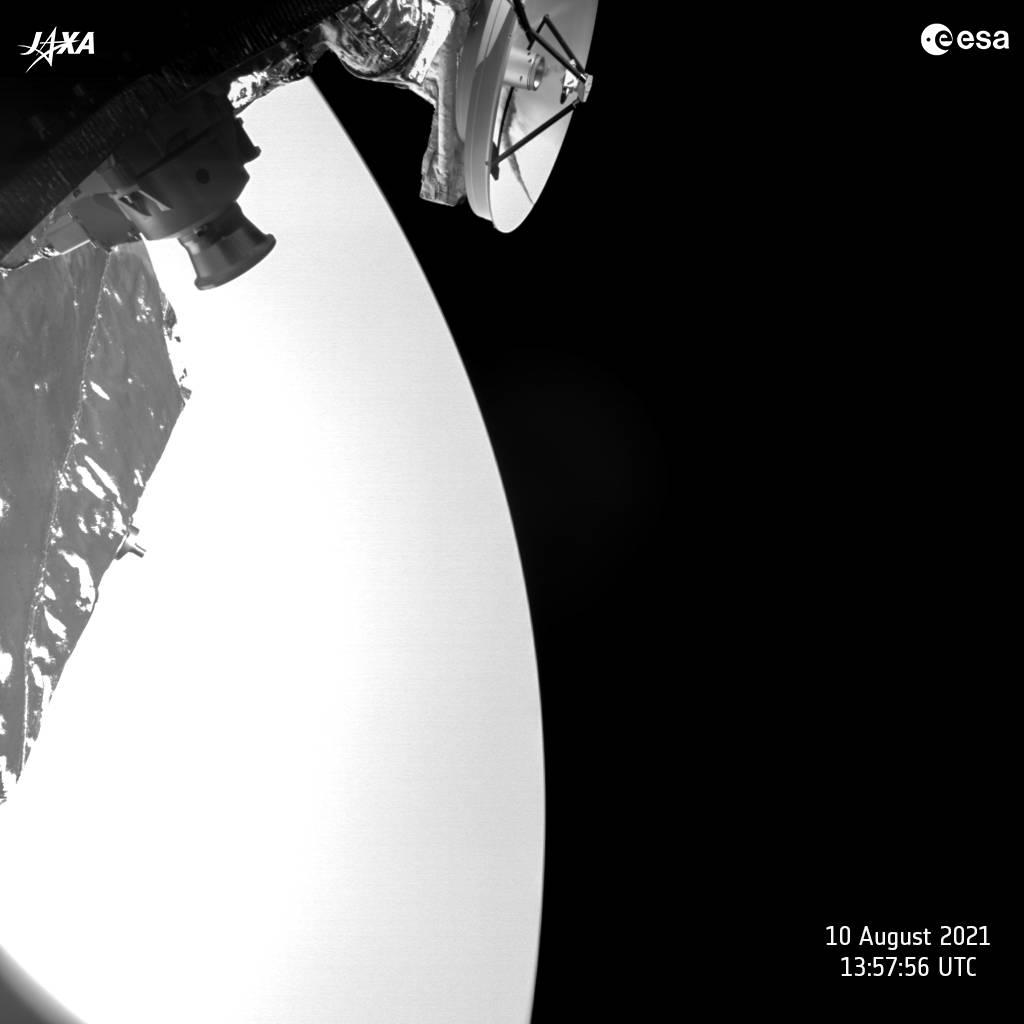 Planeta Venus revenire survol